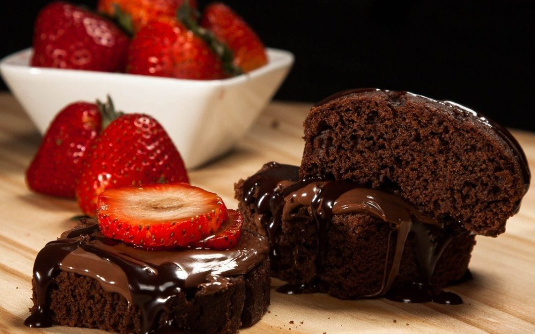 chocolate cake strawberries